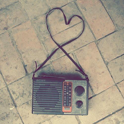[heart+radio]