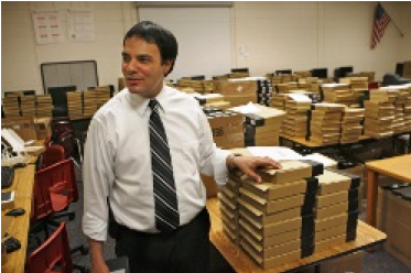 Hundreds of Kindles May Be Coming to a High School Near You!