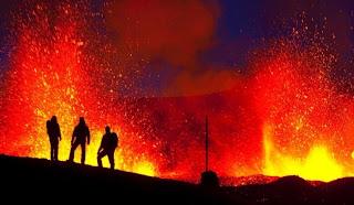 Letusan Gunung di Islandia 1