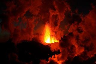 Gunung Berapi Islandia Meletus 4