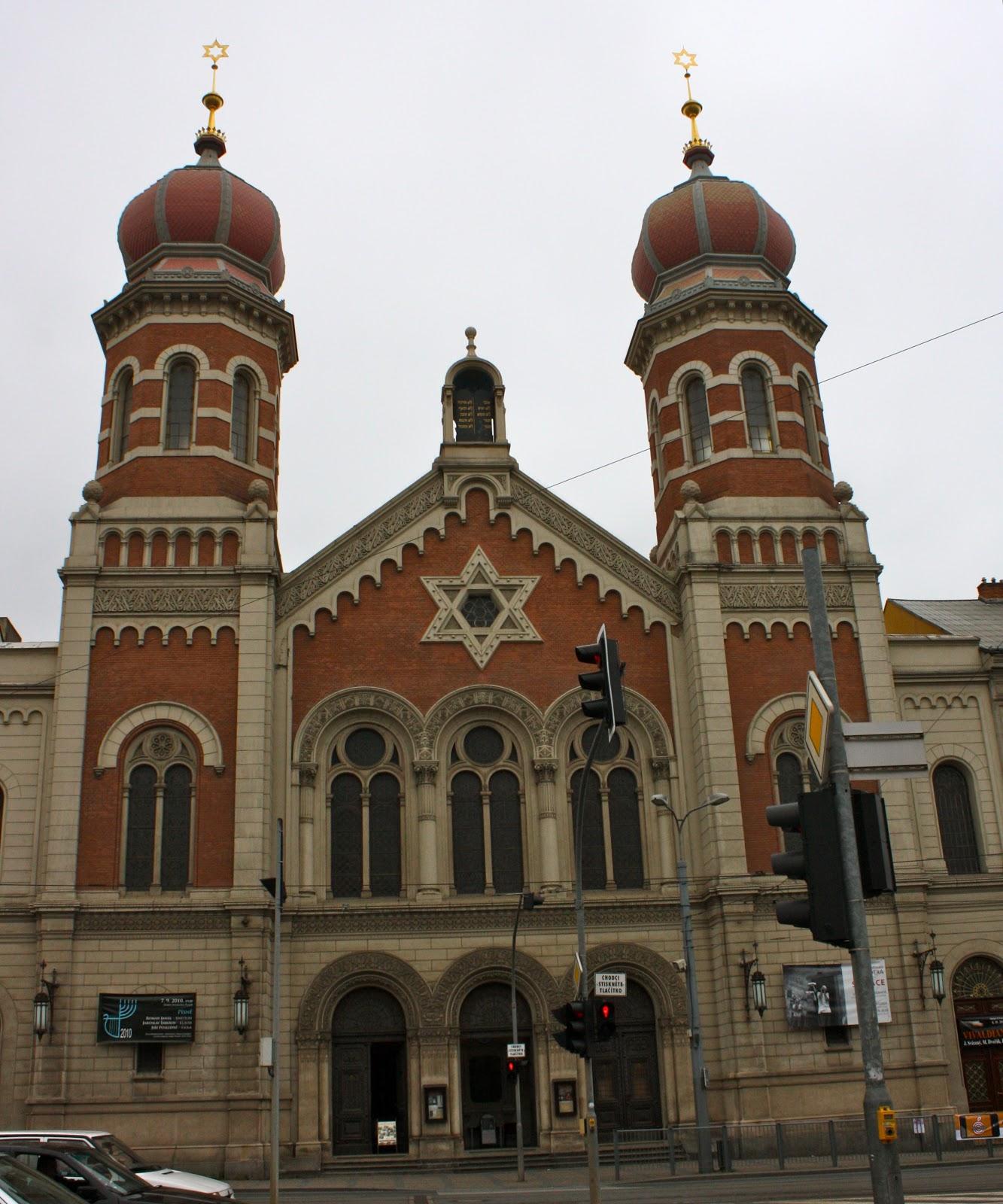 Ashlocks in Nußloch: One Great Synagogue