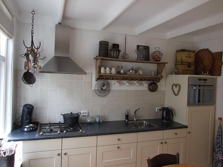 Keukenrekken : maandag 21 juni 2010