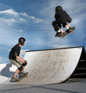 Skaters, The - Physicalities Of The Sensibilites Of Ingrediential Strairways