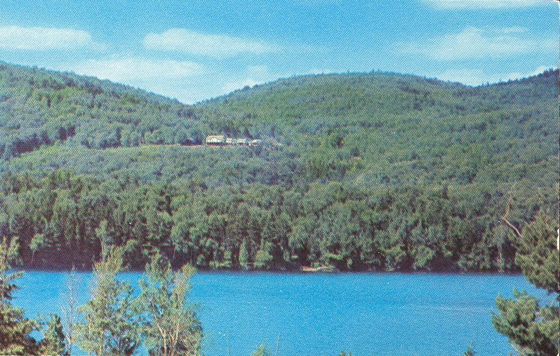 blue mountain lake Camping on blue mountain lake: info on 6 designated primitive campsites on an adirondack lake run by the new york state department of environmental conservation.