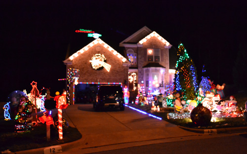 (Although I love this website and people who go crazy for Christmas, giving  C something to wonder at, I was kind of happy to know my neighbors hadn't  ... - Notes From A Mom In Chapel Hill (A Guide): Christmas Lights Viewing