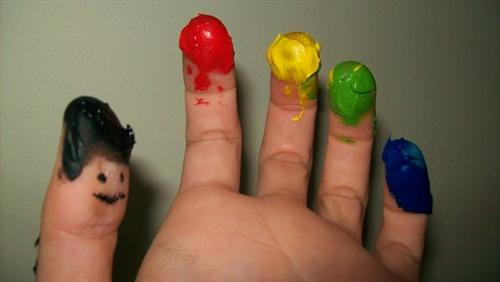 "Finger Painting by Little Silver 45 Gorgeous ""Smiley Fingers"" Photographs"