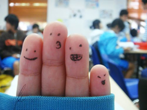 "Fingerlicious by lastgoth 45 Gorgeous ""Smiley Fingers"" Photographs"