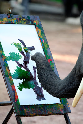 Elephants+creativity+paintings+%283%29 Creativity by Elephants! Believe this or not!