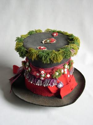 weird+hats+%283%29 Weird Hats