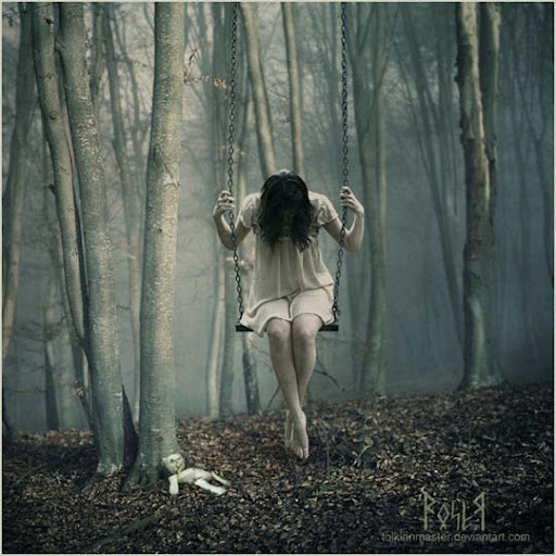 r e m i n i s c e n c e by Tolkienmaster 40 Examples of Emotional Female Photomanipulation Art