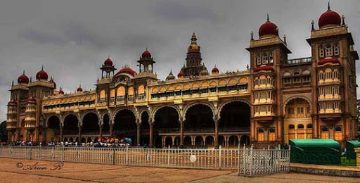 Maharaja+Palace+Mysore%27s+Tradition+History+Culture The Incredible India: 90 Spectacular Photos