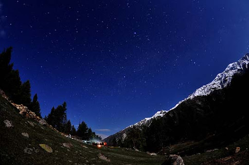 Fairy+Meadows+and+Raikhot+under+starry+skies The Beauty of Pakistan: 70 Amazing Photographs