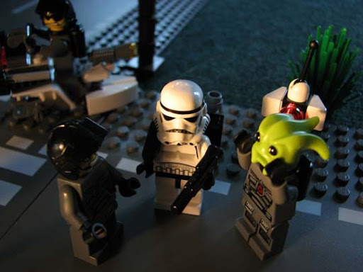 Sir,+Those+Actually+WERE+the+Droids%21 50 Incredibly Creative LEGO Creations