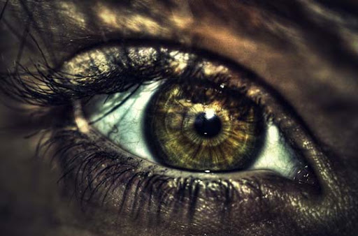 HDR eye by bazerc 30+ Mesmerising Macro Photos of the Human Eye | Photography Inspiration