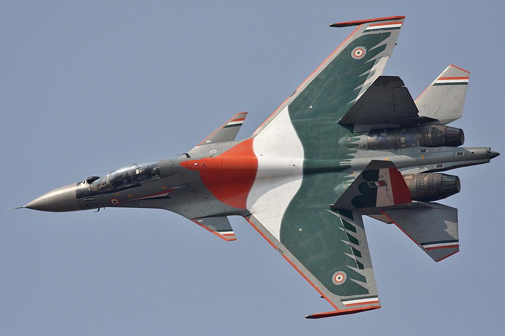 Índia deve encomendar mais 42 caças Su-30MKIs produzidos pela HAL