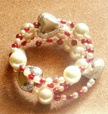 Whoopidooings - Carmen Wing - Queen of Hearts themed spiral bracelet