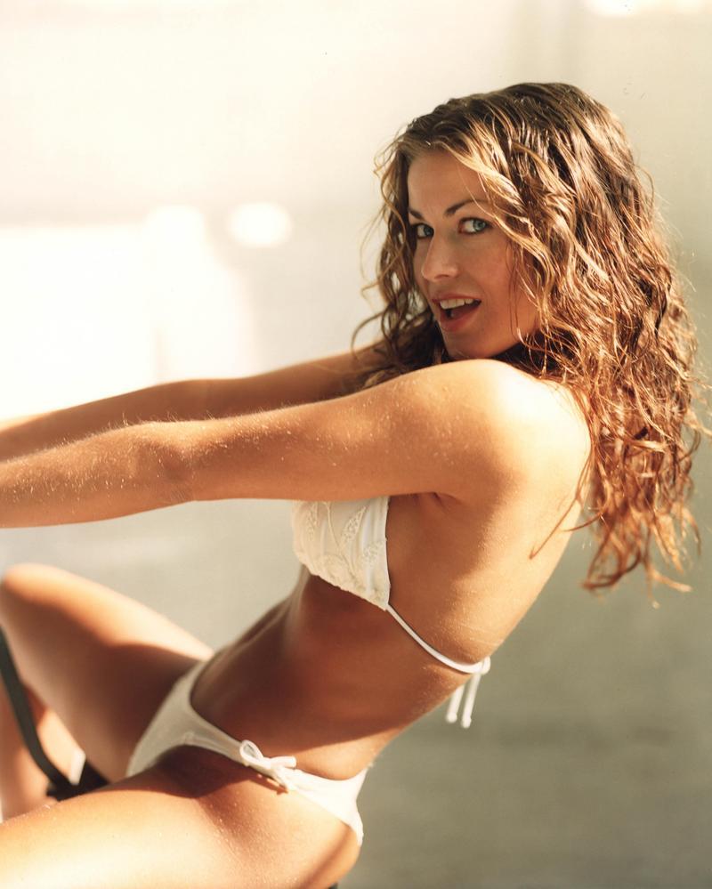 Actress latest images carmen electra hot images