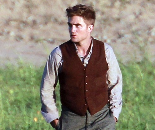 Pattinson-Water-For-Elephants-7