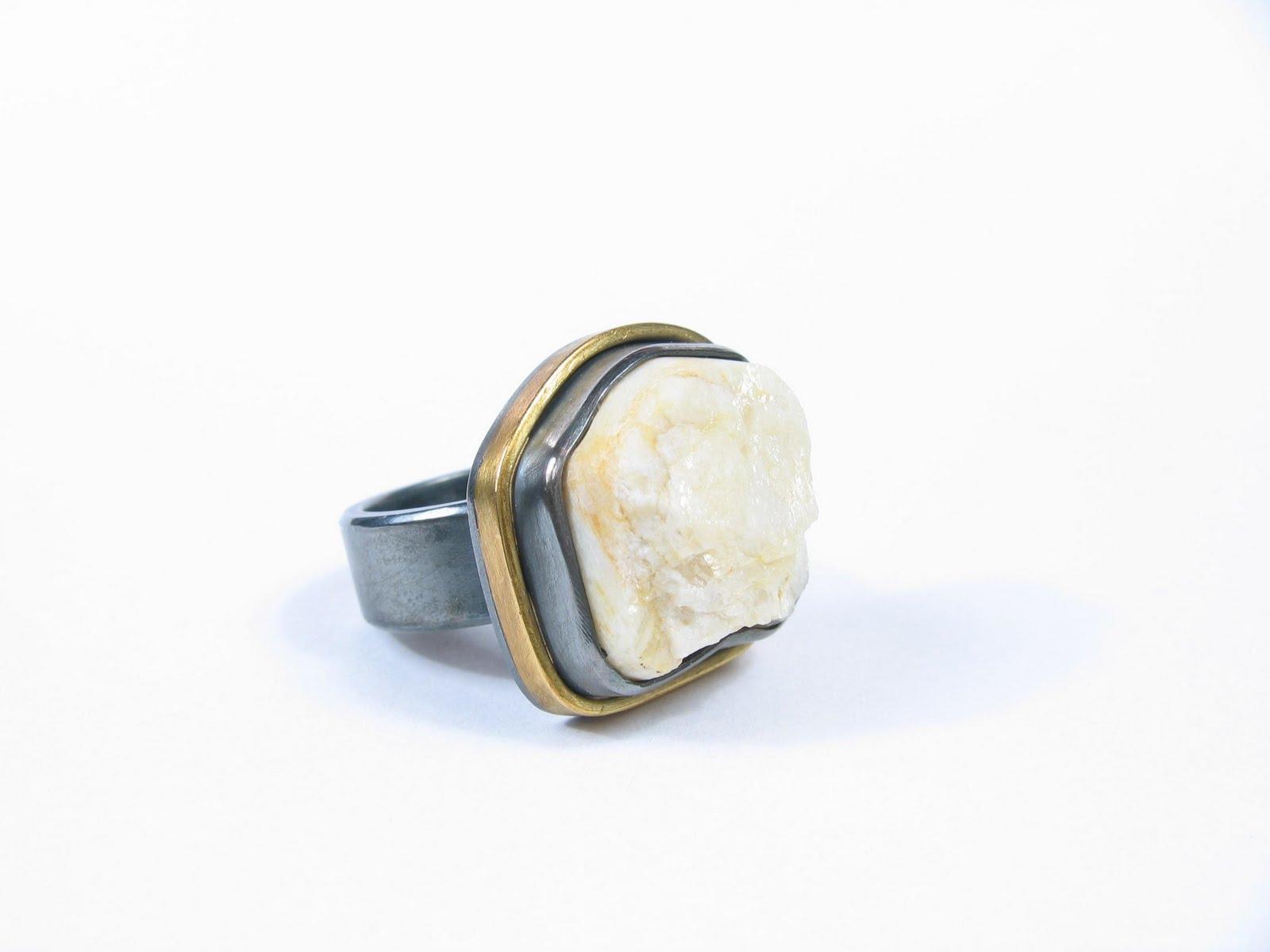 [L.+Rosenberg+Himalayan+Rock+Wedding+Ring]