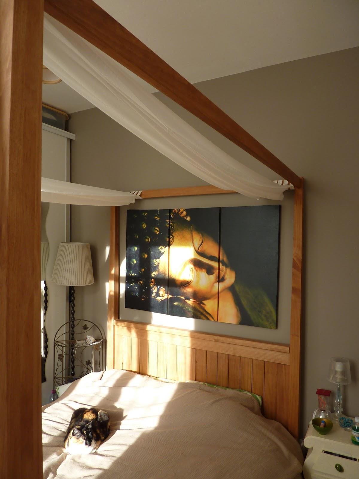 Initiales GG ... : Avant / après : une chambre balinaise...
