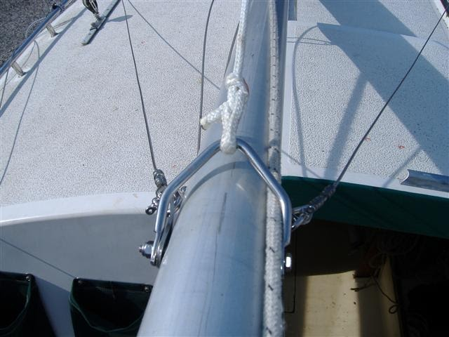 Holy boat: Archive Sailboat gin pole design