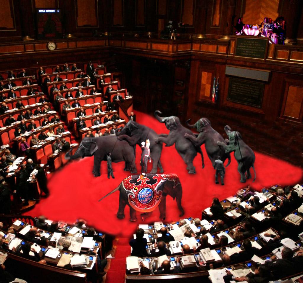 Rischio calcolato foto esclusiva in parlamento si for Dove si riunisce il parlamento italiano