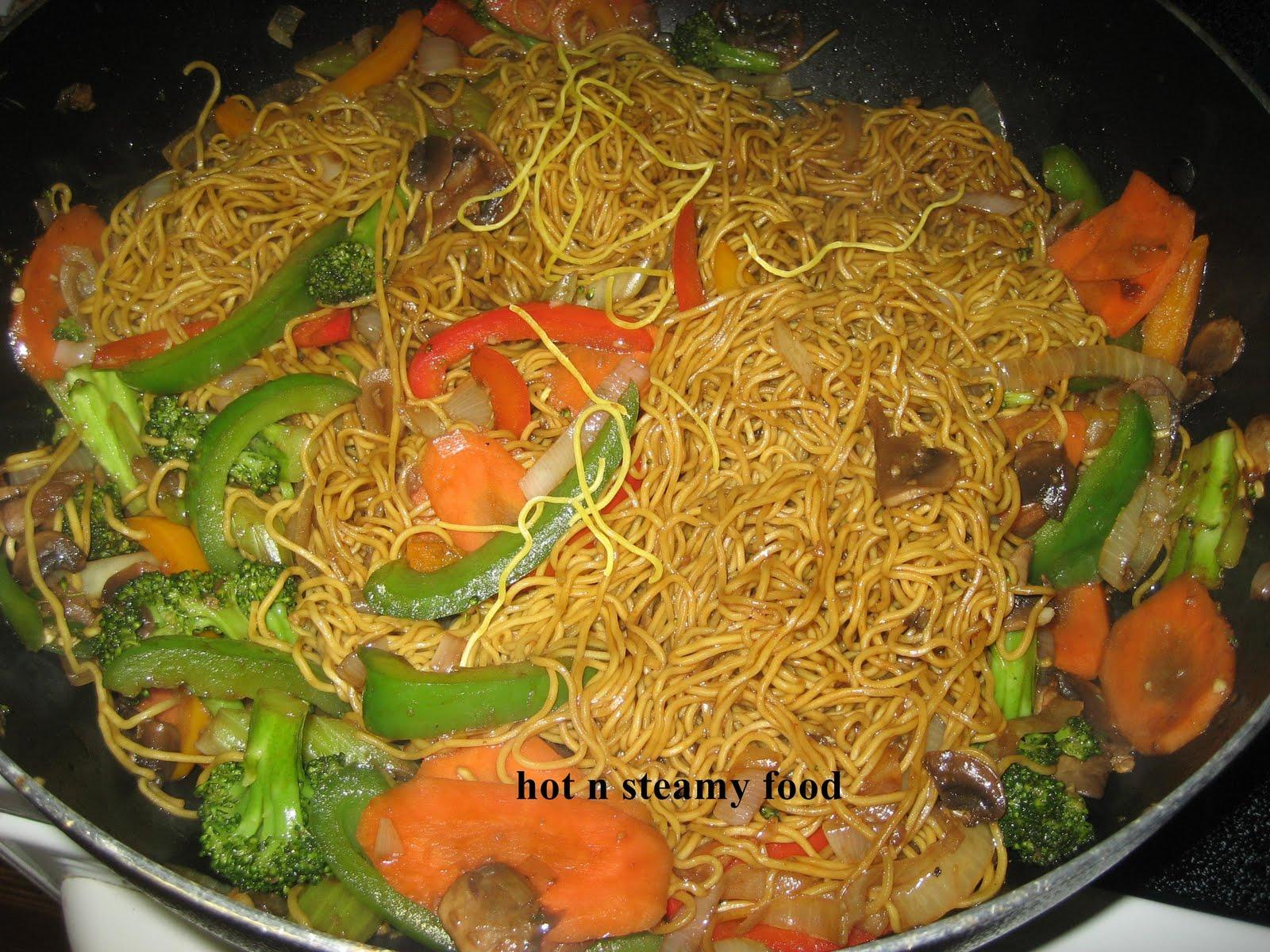 lo Mein Chow Mein Chop Suey Chicken Chow Mein vs lo Mein