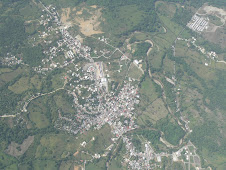 Vista aérea del poblado de Gaspar Hernández tomada a 14 mil pies de altura por Nino Arias