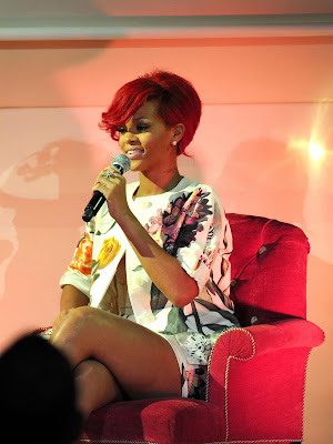 Rihanna Flashes Some Thigh