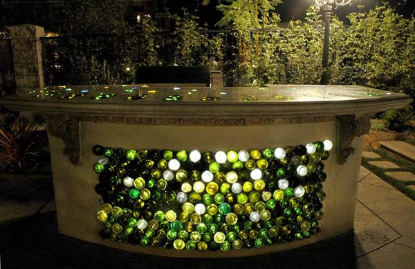 ... the Garden: Repurposed and Recycled - Creative Ideas for Garden Design