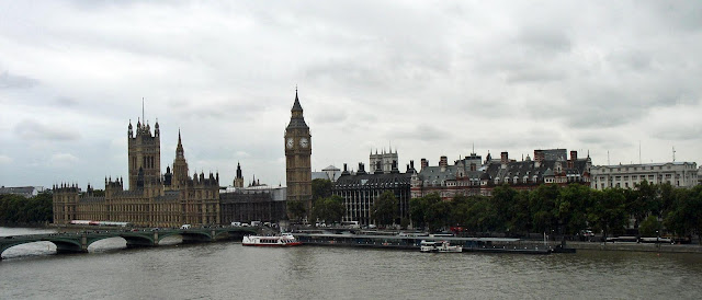 River Thames, Big Ben and the British parliament