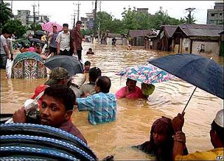 http://4.bp.blogspot.com/_6-TM5eQZR4k/So0-VIPc0SI/AAAAAAAAFEU/uaK6kQJkj04/s320/refugiados-ambientales.jpg
