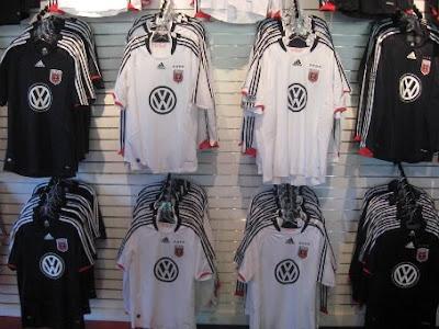 DC United strips with VW logo