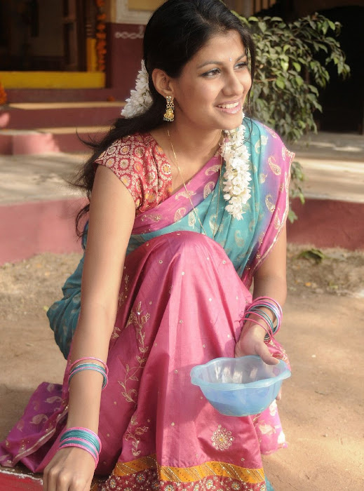 sherya dhanwanthary in saree beautifull look photo gallery