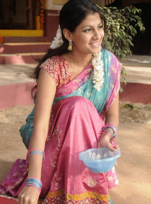 sherya dhanwanthary in saree beautifull look photo gallery