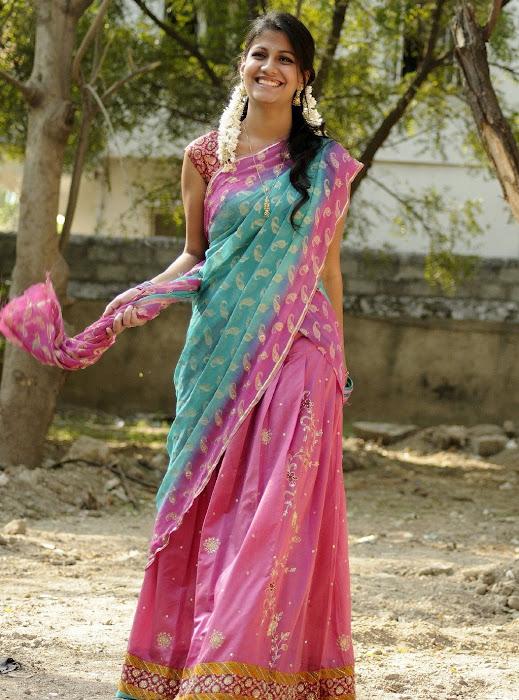 sherya dhanwanthary in saree beautifull look