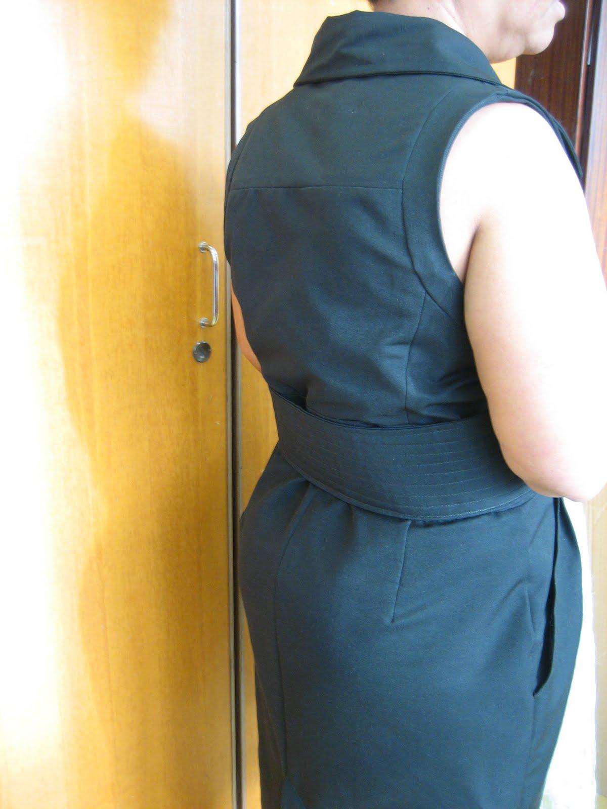 Petite robe noire tailleur