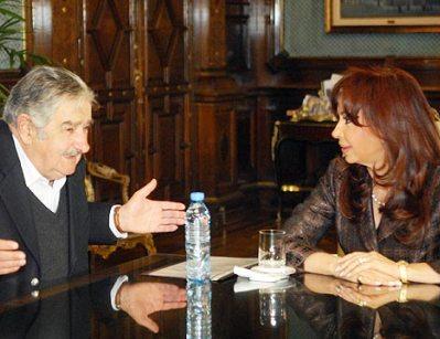 Cristina Fernández y José Mujica