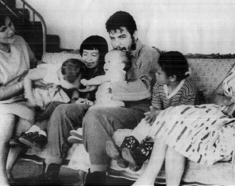[Che_Guevara_-_Familia.jpg]