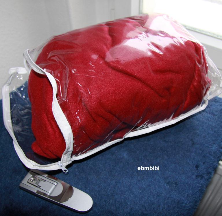 biancas blickfang ich teste die kuscheldecke mit rmeln. Black Bedroom Furniture Sets. Home Design Ideas