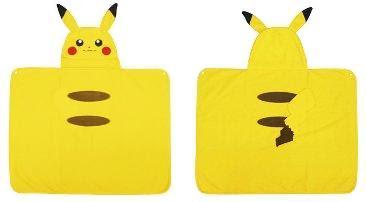 Pikachu Blanket Fleece Cloak Tomy