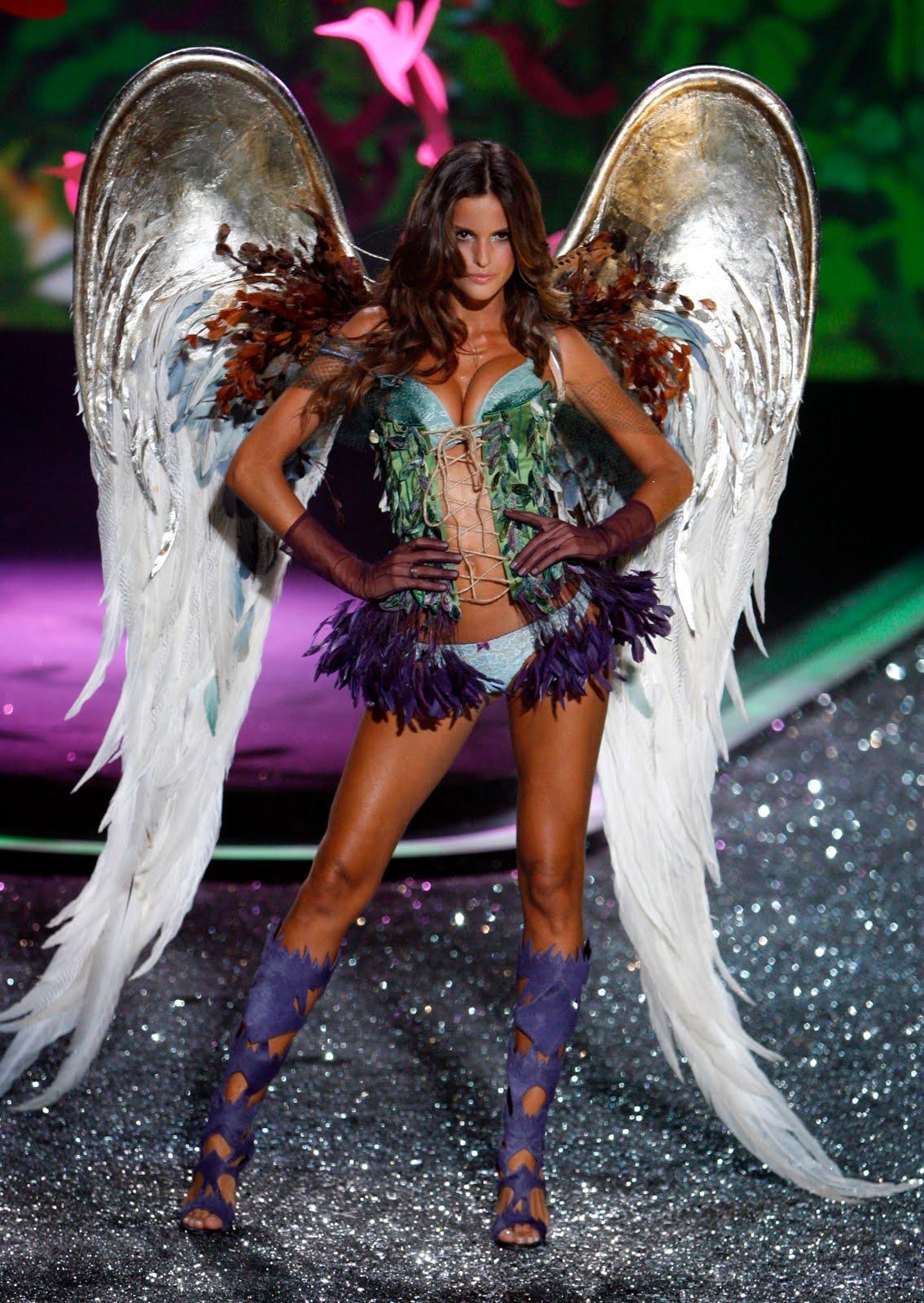 http://4.bp.blogspot.com/_63jadQOB1Cw/Swq1ATb2V5I/AAAAAAAAYWw/kvCJ9zlaxFs/s1600/43462_various_models_VS_Fashion_Show-30_122_105lo.jpg