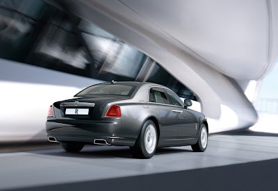 2011 Rolls-Royce Ghost Luxury Car