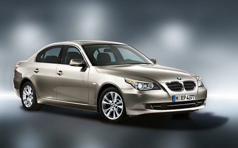 BMW 5 Series 2011 in action