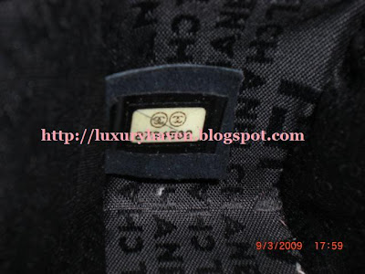 difference between fake and authentic chanel bag