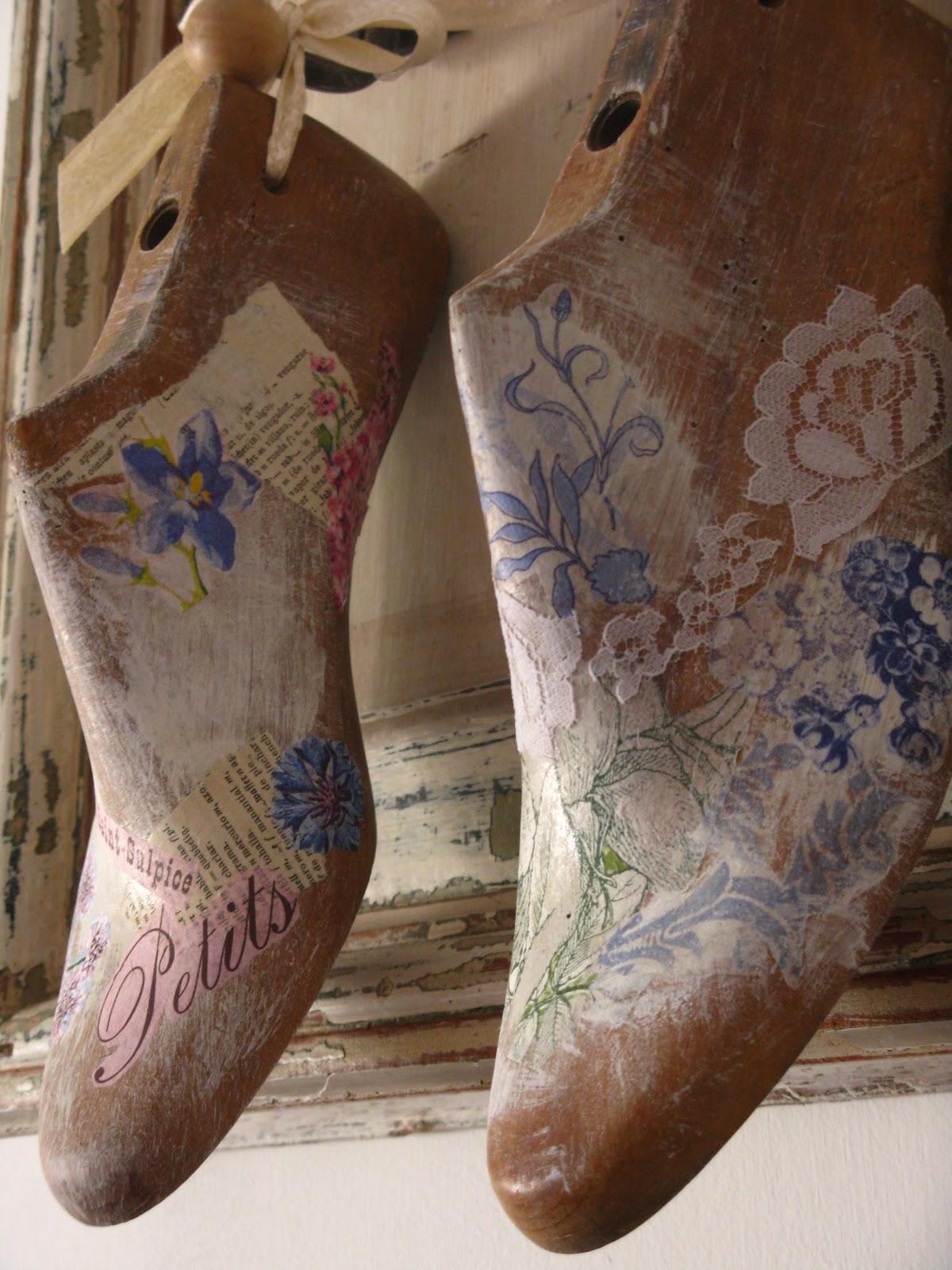 Zapatos Antiguos Imagenes de archivo Imagen 3562814 - fotos de zapatos antiguos