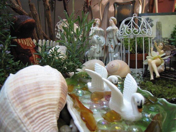 [Swan+Fairy+Garden+Pond]