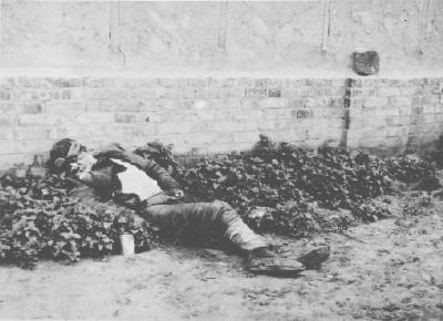 Holodomor_Kharkiv_1933+%252812%2529.jpg