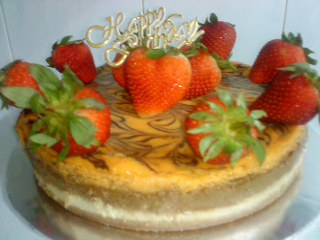 Chubby Berry Cheese Cake         1.2kg     RM60.00