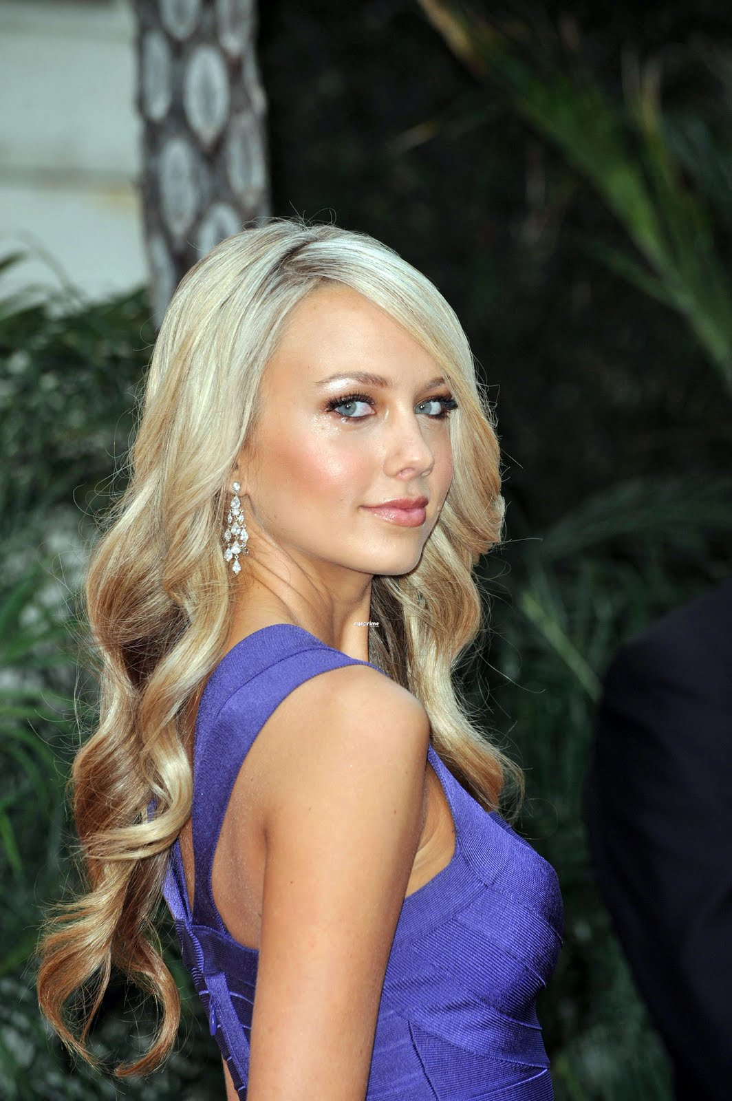 ordway women Melissa ordway was born on march 31, 1983 in atlanta, georgia, usa as melissa pam ordway she is an actress, known for 17 again women i would go gay for.